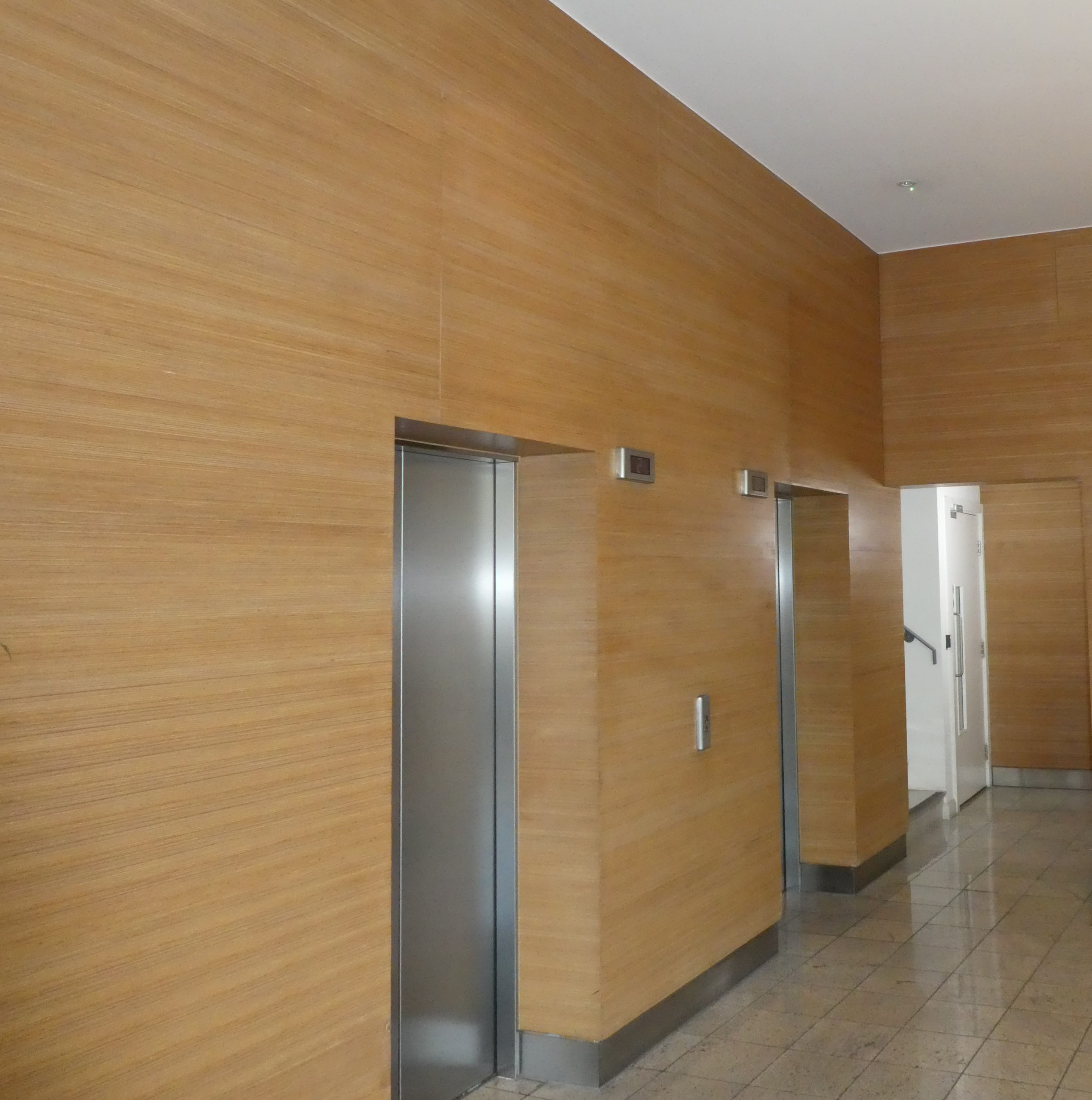 CLADDING WOODEN WALL